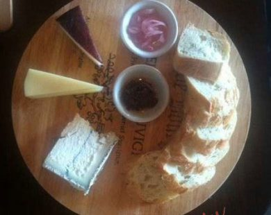 triple cheese platter